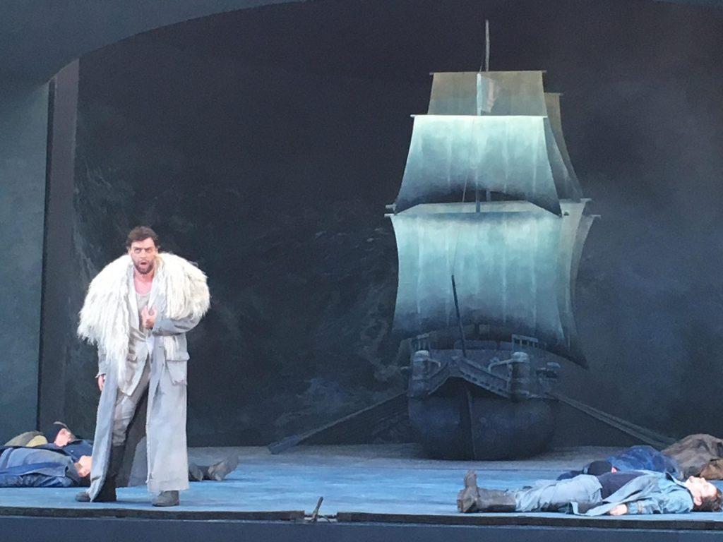 Passionstheater Oberammergau schlägt hohe Wellen.