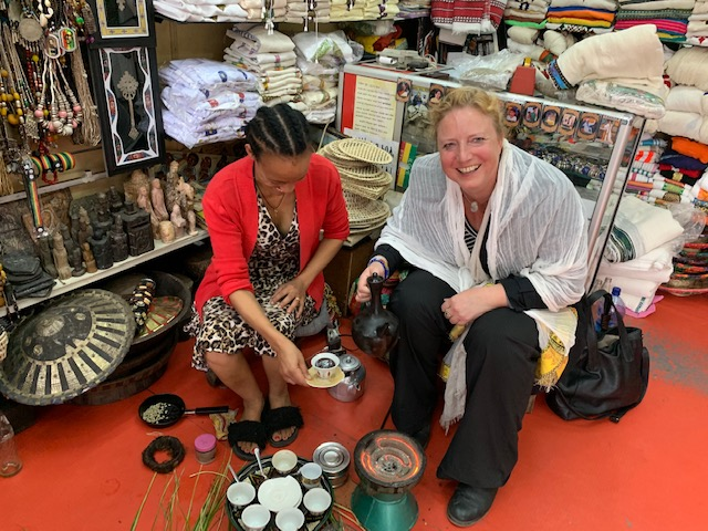 Traditionelles Kaffeekochen Markt Addis Abbeba